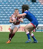 Giants_v_Saints_6-4-2014_Robinson_tackled_by_Amor.jpg
