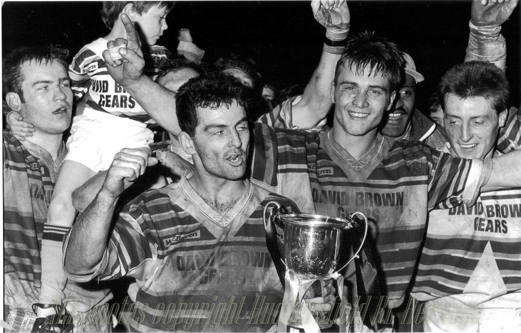 Hudd_Div_3_League_Winners_1991-92.jpg