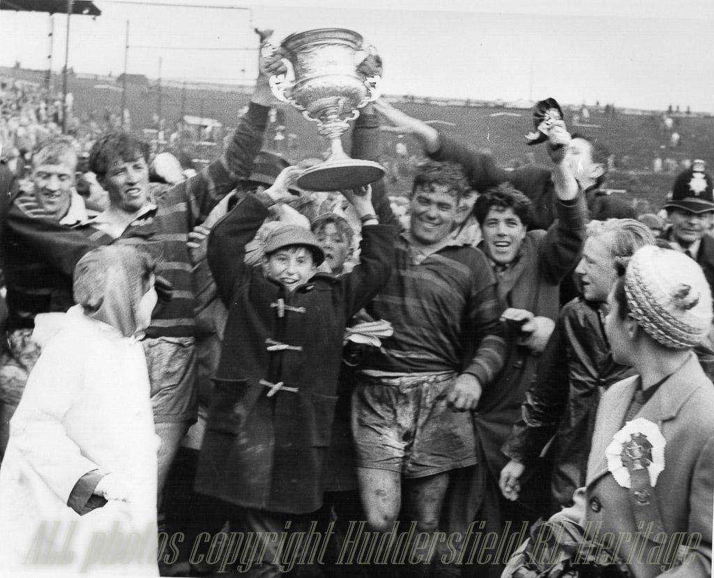 Hudd_v_Wakefield_Champs_Final_1962_Kilroy_l_Close_r_.jpg