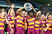 huddersfield_giants_-_SL_League_Leaders_Shield_2013.jpg